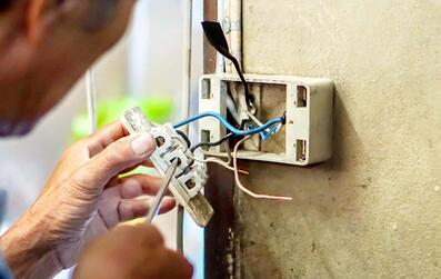 electrical services-freepik