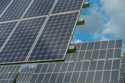 pixaby_solar panels 3-1