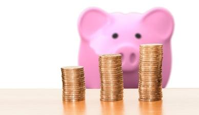 save-solar-piggy-bank-pixabay